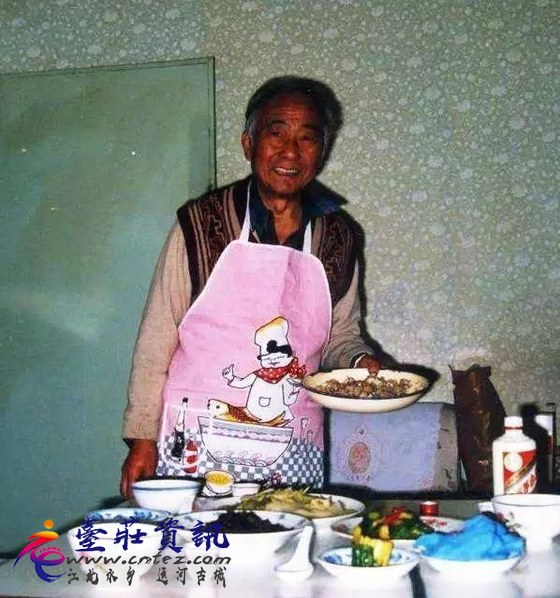 汪曾祺:吃货,才是最会生活的人 - 果麦麦-3