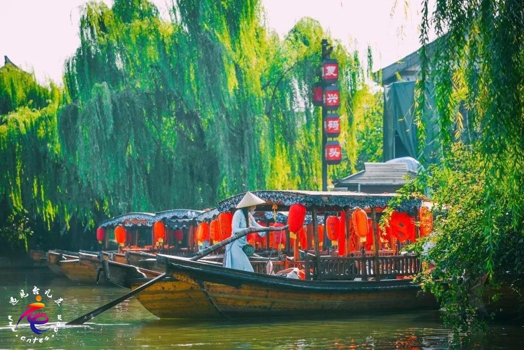 此季此刻,最令人牵动心扉的,莫过于台儿庄古城的春意