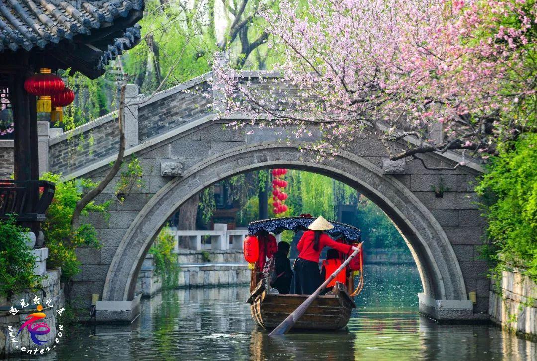 台儿庄古城恢复开放,优惠政策多多,你想要的都在这里!